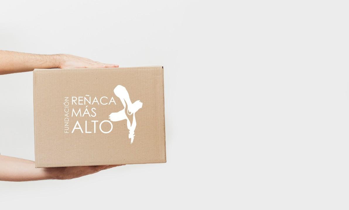 Canasta de mercadería para familias de Reñaca Alto